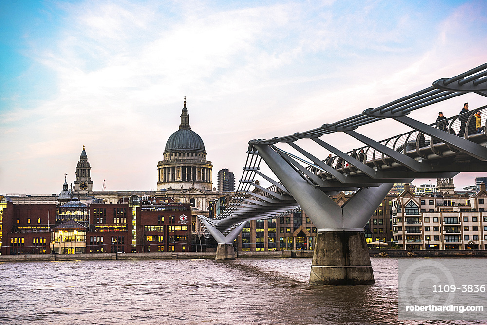 St. Pauls Cathedral at sunset, Millennium Bridge and River Thames, The City of London, London, England, United Kingdom, Europe