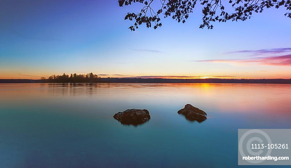 Sunrise on Lake Starnberg, view of the Roseninsel, Bavaria, Germany