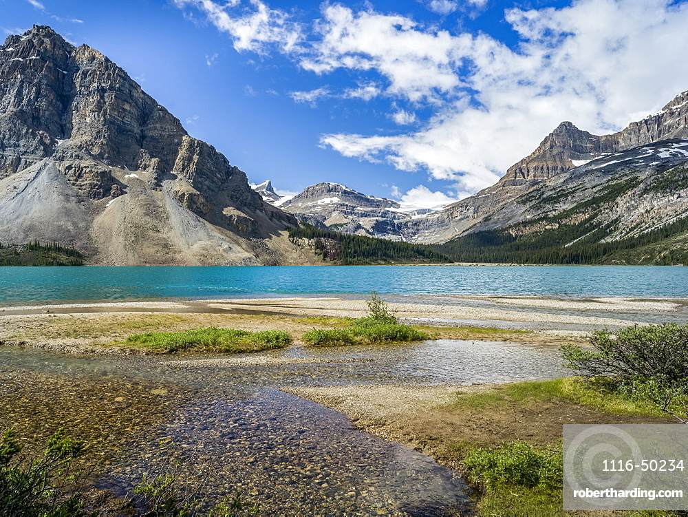 Bow Lake in the Rocky Mountains of Banff National Park along the Icefield Parkway; Improvement District No. 9, Alberta, Canada