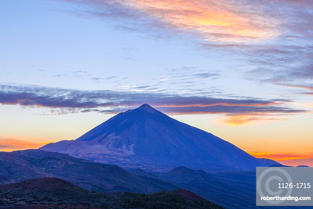 Mount Teide at sunset, UNESCO World Heritage Site, Tenerife, Canary Islands, Spain, Atlantic Ocean, Europe,