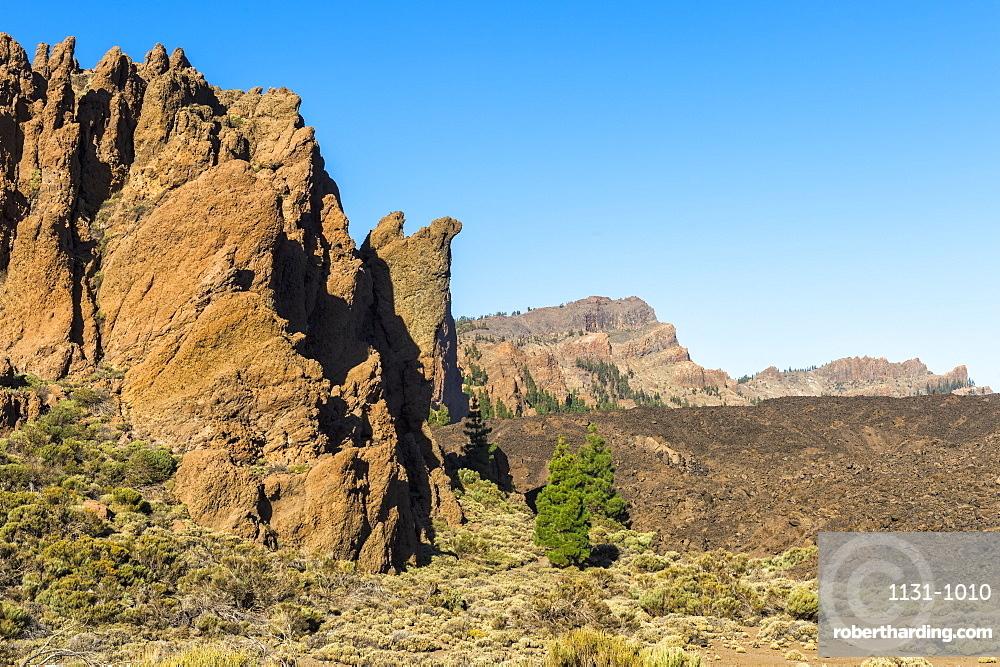 Roques de Garcia Mountainscape, Teide National Park, UNESCO World Heritage Site, Tenerife, Canary Islands, Spain, Europe