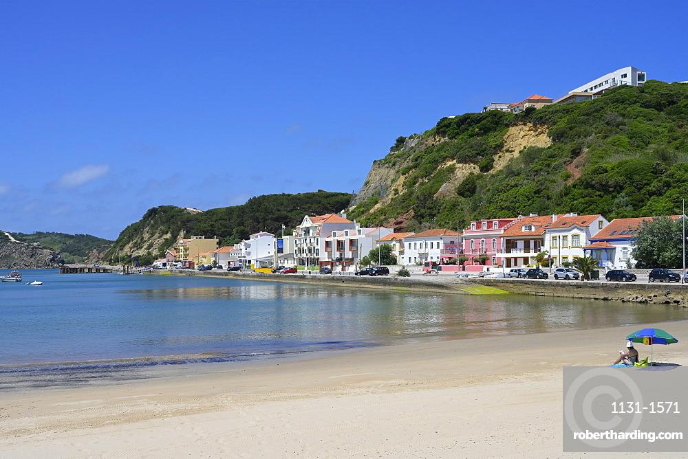 View over Sao Martinho do Porto beach, Leiria District, Portugal, Europe