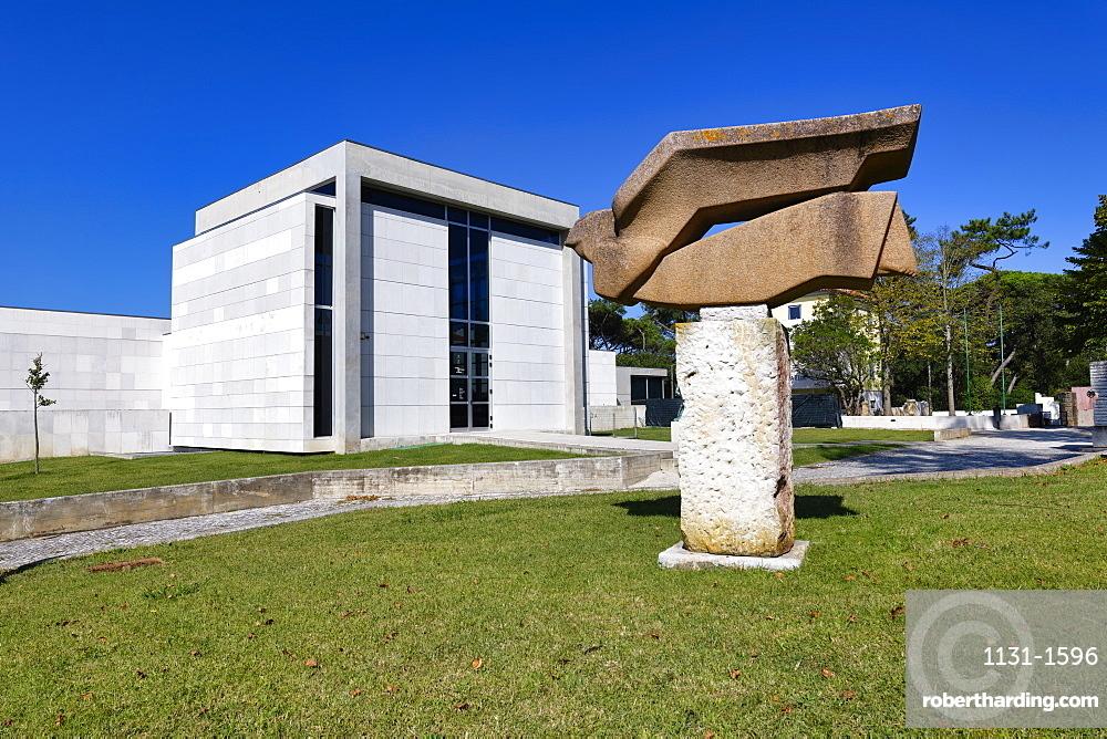 Leopoldo de Almeida Museum, Art Center, Dom Carlos park, Caldas da Rainha, Estremadura, Portugal