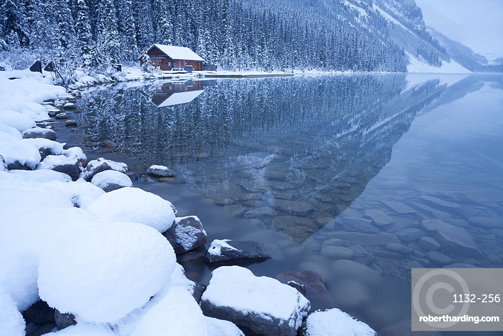 Boat house at Lake Louise, Banff National Park, UNESCO World Heritage Site, Rocky Mountains, Alberta, Canada, North America