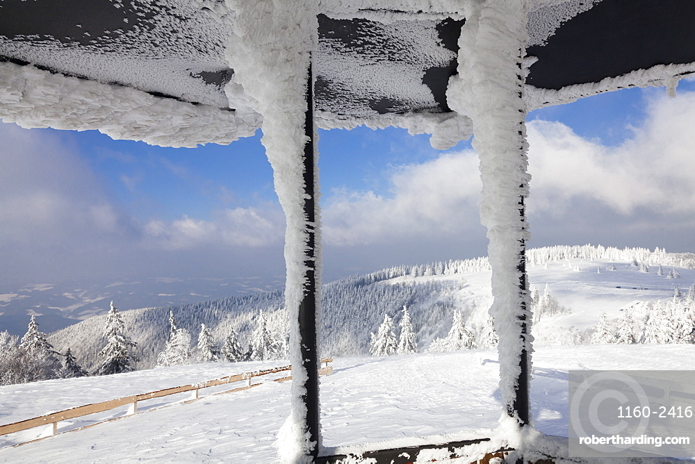 Hut at the peak of Kandel Mountain in winter, Black Forest, Baden-Wurttemberg, Germany, Europe