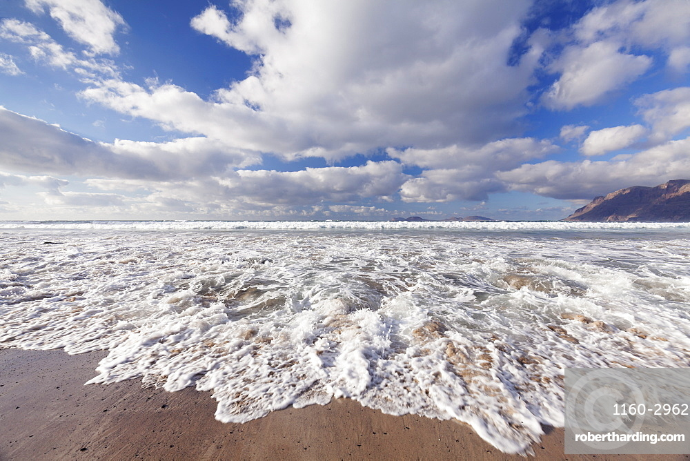 View from Famara Beach to La Graciosa Island, Lanzarote, Canary Islands, Spain, Atlantic, Europe