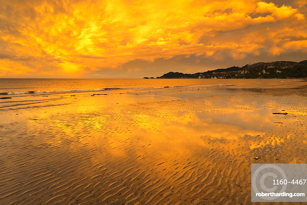 Sunset at Pohara Beach, Golden Bay, Tasman, South Island, New Zealand, Pacific