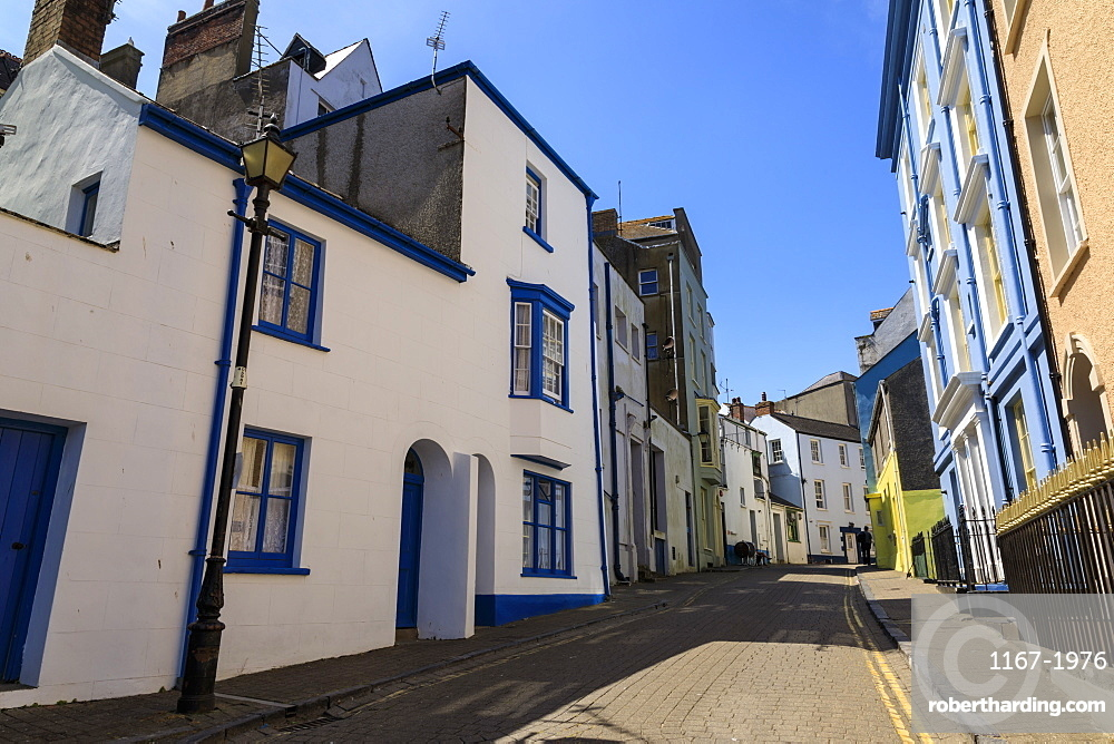 Historic buildings, cobbled street, Tenby, Pembrokeshire, Wales, United Kingdom, Europe