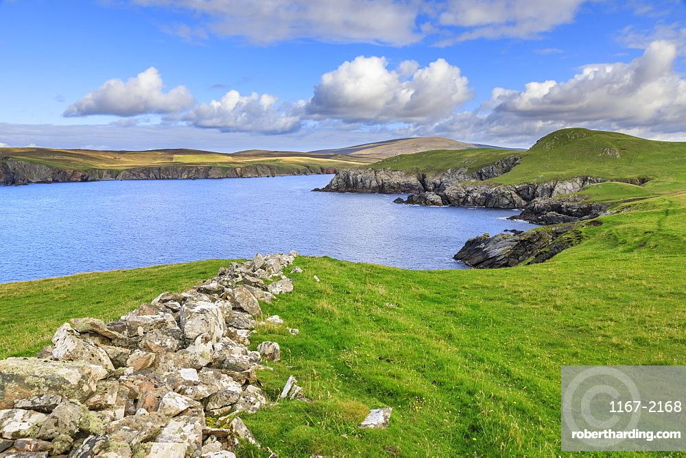 Ronas Hill from Ness of Hillswick, dramatic cliffs, interesting geology, Northmavine, Mainland, Shetland Isles, Scotland, Europe