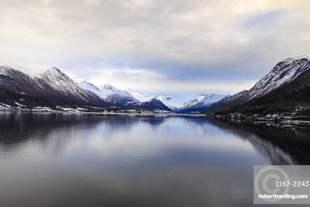 Romsdalsfjord, mountain snow, dawn, Andalsnes, Winter, More og Romsdal, Norway, Scandinavia, Europe