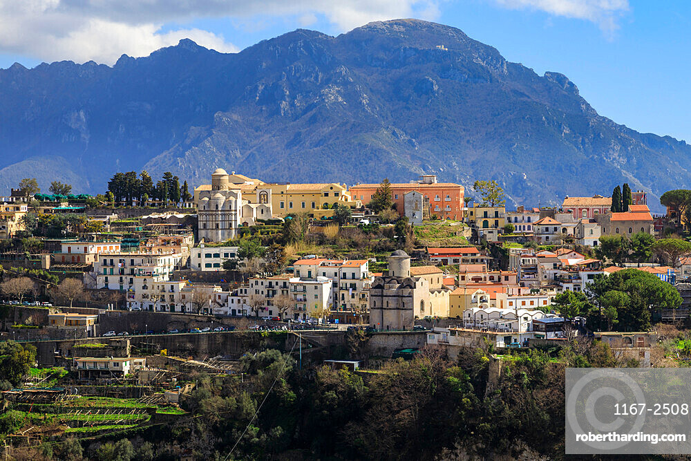 Ravello, cliff top town, gardens and churche in spring, Ravello, Amalfi Coast, UNESCO World Heritage Site, Campania, Italy, Europe