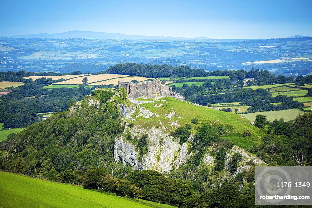 The hilltop castle at Carreg Cennen in the Brecon Beacons, Llandeilo, Carmarthenshire, Wales, United Kingdom, Europe