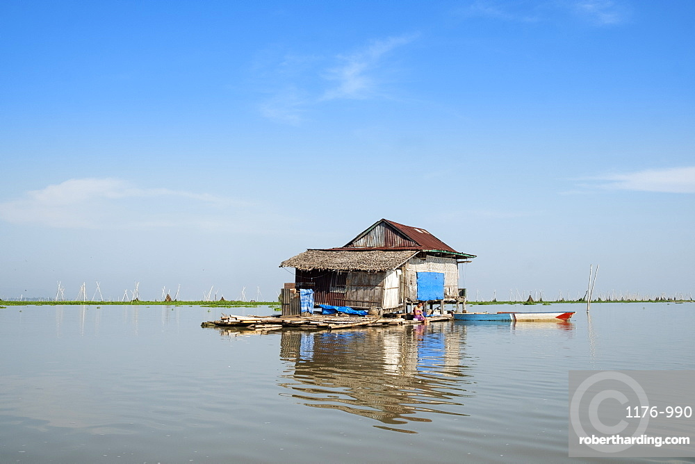 Floating houses on the lake, Lake Tempe, Sengkang, Indonesia, Southeast Asia, Asia
