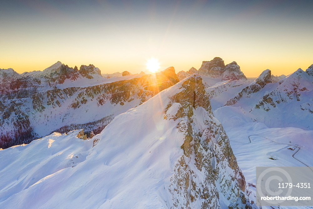 Sunrise on Ra Gusela, Lastoi De Formin and Monte Pelmo covered with snow, Giau Pass, Dolomites, Belluno province, Veneto, Italy