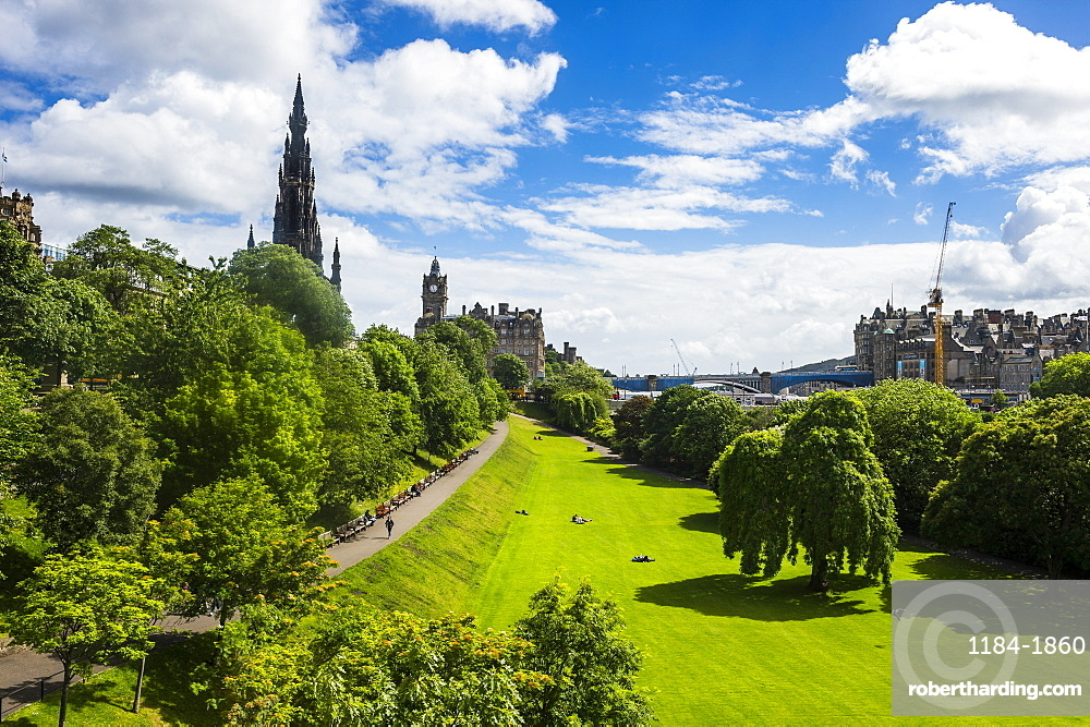 View over Princes Street Gardens, Edinburgh, Scotland, United Kingdom, Europe