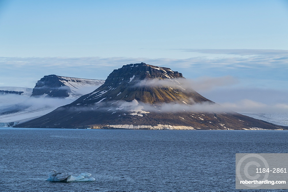 Flat table mountains covered with ice, Franz Josef Land archipelago, Arkhangelsk Oblast, Arctic, Russia, Europe