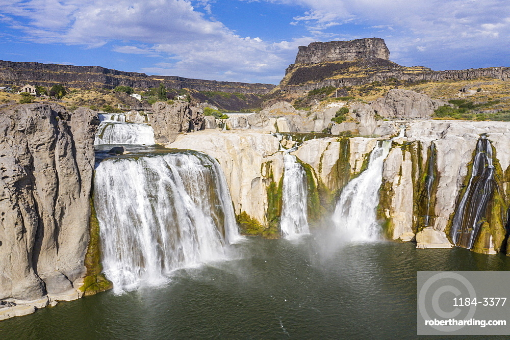 Shoshone Falls cascades, Twin Falls, Idaho, USA