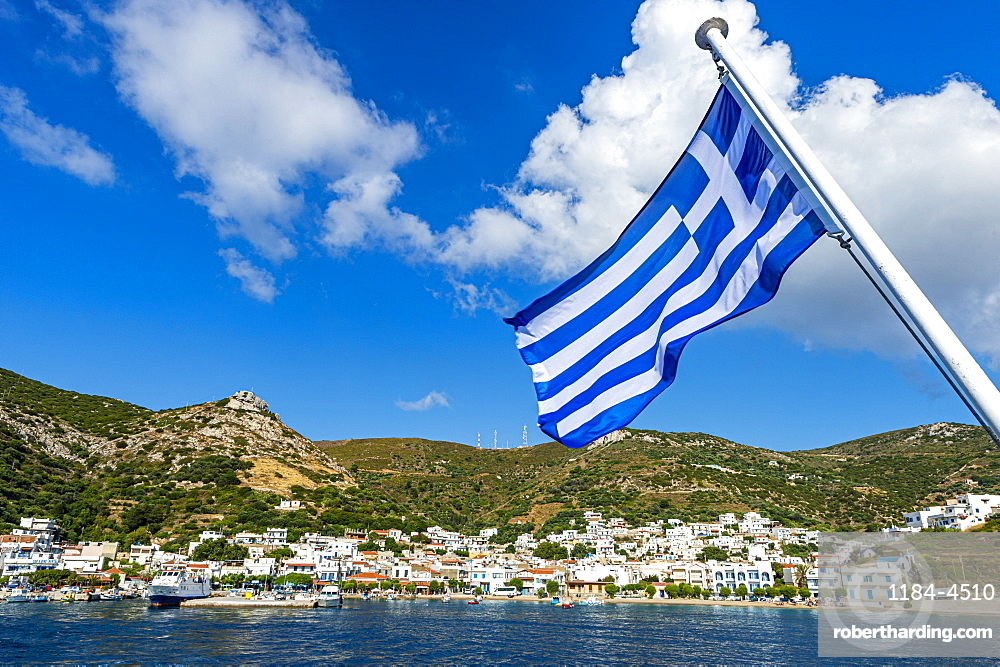 Greek flag in the Port of Kampi, Fourni (Fournoi), Greek Islands, Greece, Europe