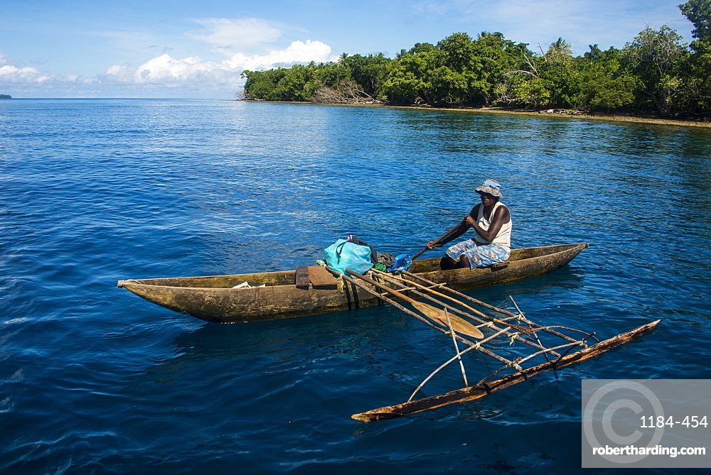 Fisherman in the outer islands, Buka, Bougainville, Papua New Guinea, Pacific