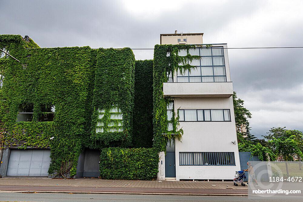Work by Le Corbusier, Maison Guiette (Les Peupliers), UNESCO World Heritage Site, Antwerp, Belgium, Europe