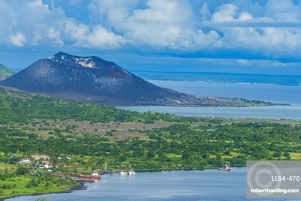 Welsh Davids Travel Blog: 6 to 10 November - Rabaul Town