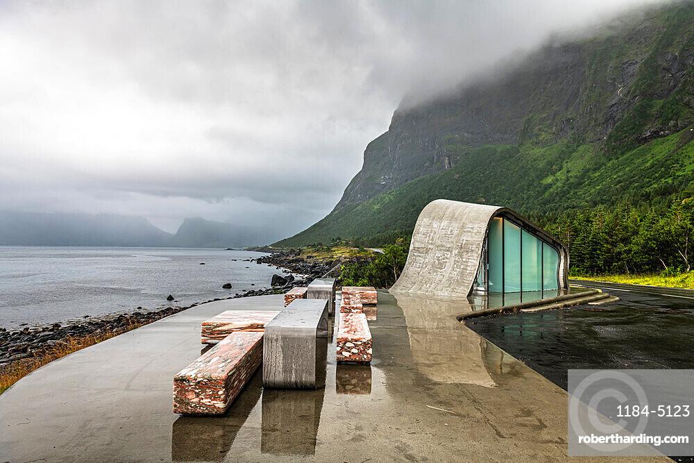 Reststop Ureddplassen toilet, Kystriksveien Coastal Road, Norway