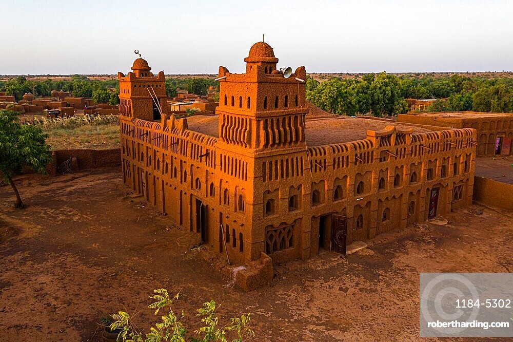 Aerial of the Sudano-Sahelian architectural style mosque in Yamma, Sahel, Niger