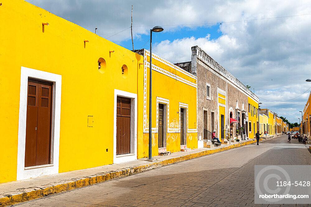 Izamal, the yellow city, Yucatan, Mexico, North America