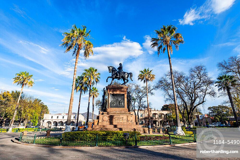 Morelos square with Morelos monument, Morelia, UNESCO World Heritage Site, Michoacan, Mexico, North America