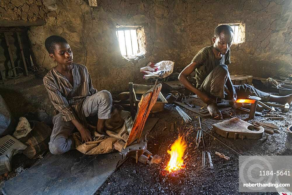 Metall workers in the bazaar, Kano, Kano state, Nigeria