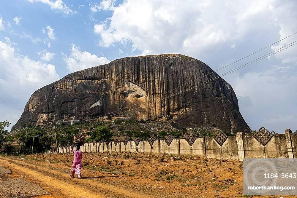 Zuma rock, Abuja, Nigeria, West Africa, Africa