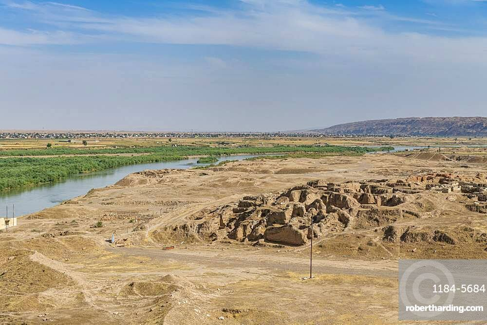 View over the Tigris River from the old Assyrian town of Ashur (Assur), UNESCO World Heritage Site, Iraq, Middle East