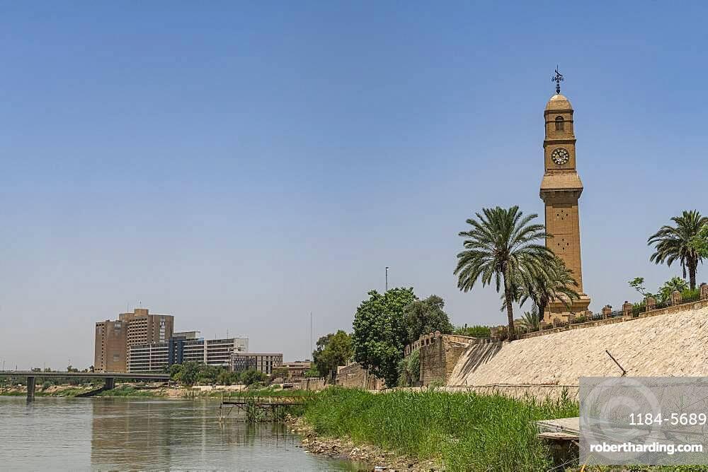 Tigris river, Baghdad, Iraq