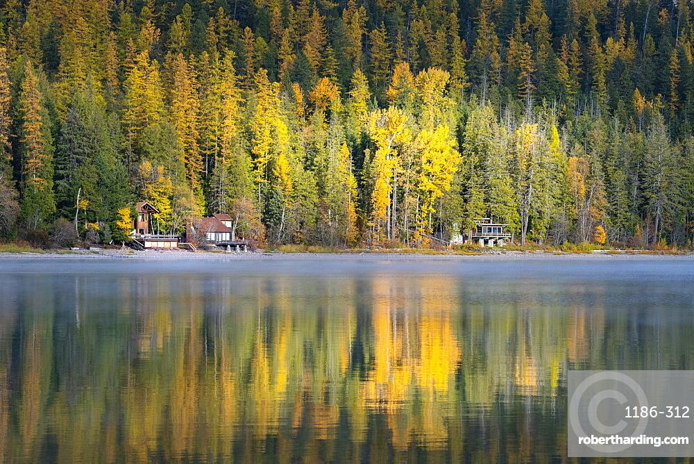 Autumn colours of Lake McDonald, Glacier National Park, Montana, United States of America, North America