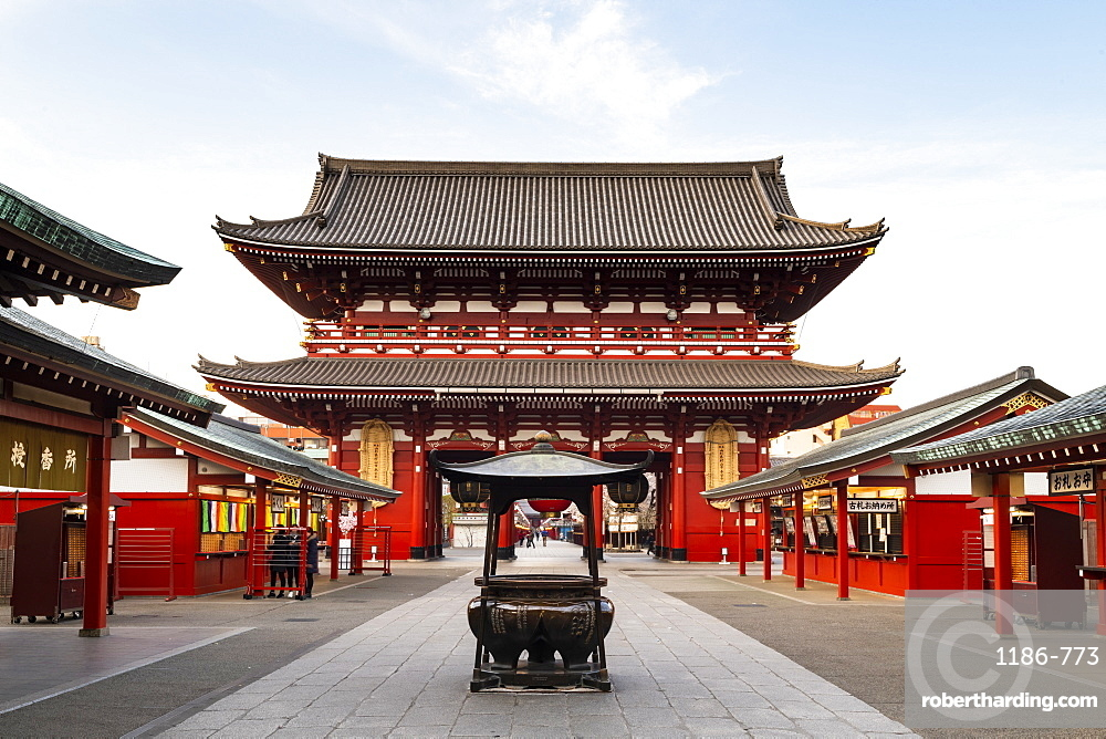 Sensoji Temple in Cherry blossom season, Tokyo, Japan, Asia