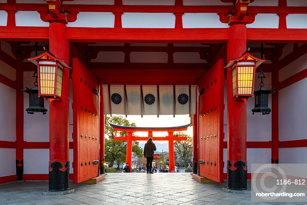 Fushimi Inari Taisha shrine and torii gates, Kyoto, Japan, Asia