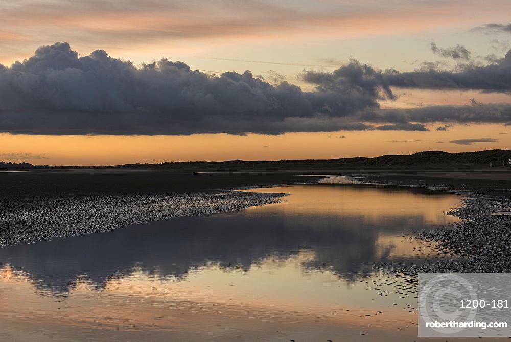 Sunset, Camber Sands, East Sussex, England, United Kingdom, Europe