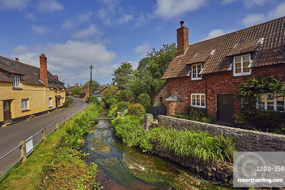 Old cottages in the village of Allerford, in Exmoor National Park, Somerset, Great Britain.