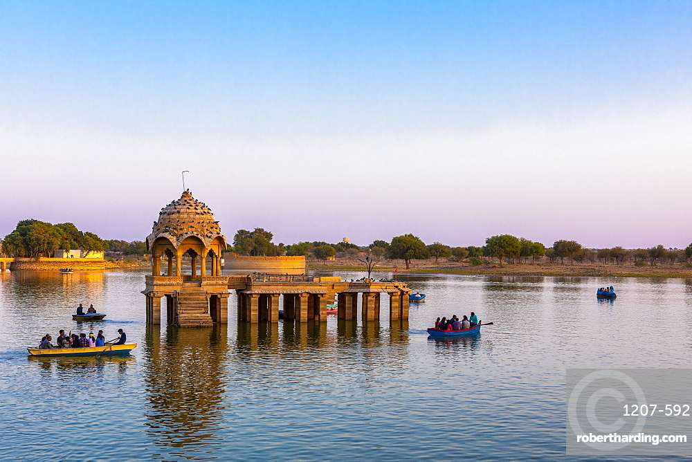 Gadisar Lake in late afternoon light, Jaisalmer, Rajasthan, India, Asia