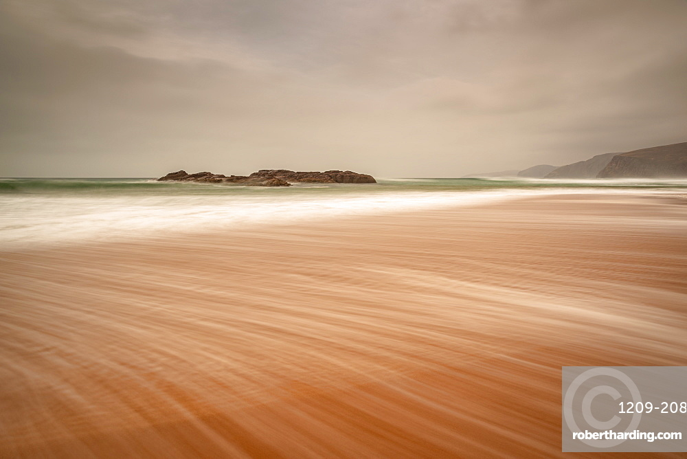 Sandwood Bay in early morning with Cape Wrath in far distance, Sutherland, Scotland, United Kingdom, Europe