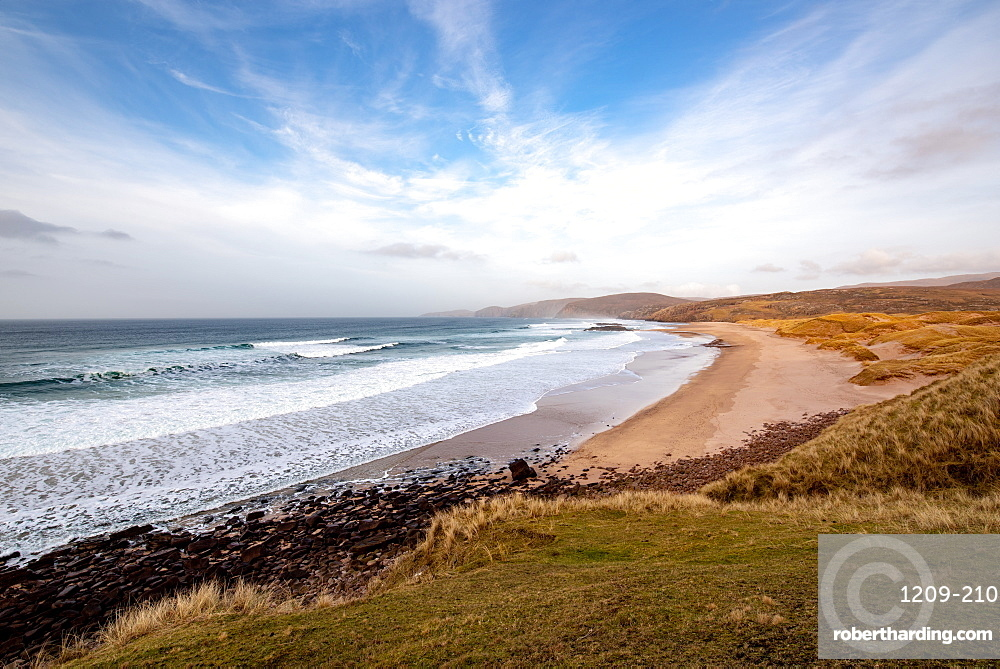 Sandwood Bay, with Cape Wrath in far distance, Sutherland, Scotland, United Kingdom, Europe