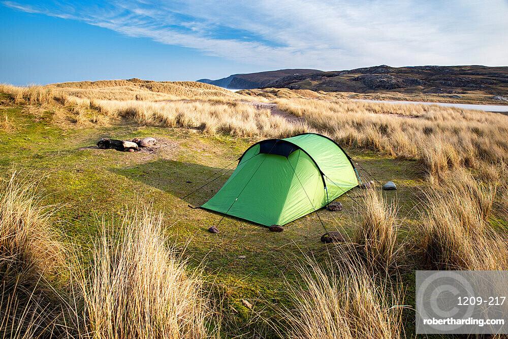 Sandwood Bay, Sutherland, Scotland, UK. Early morning. Tent, wildcamping.