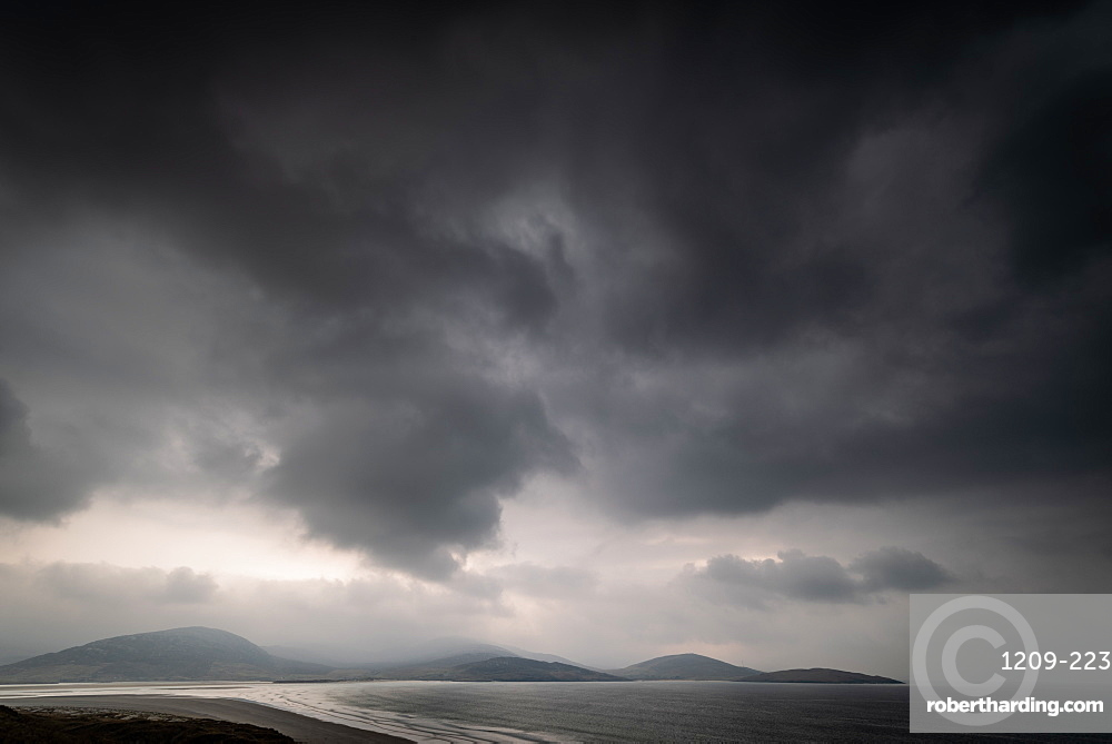 Storm over Luskentyre Beach, West Harris, Outer Hebrides, Scotland, United Kingdom, Europe