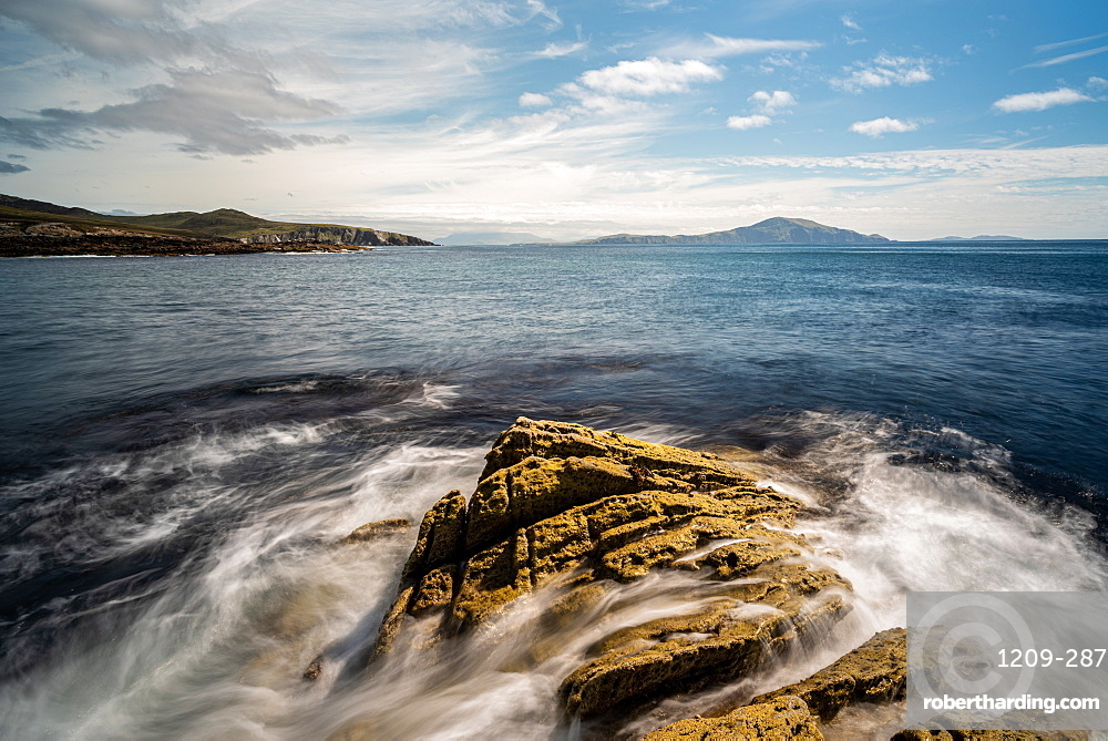 Achill Islan looking south, County Mayo, Connacht, Republic of Ireland, Europe
