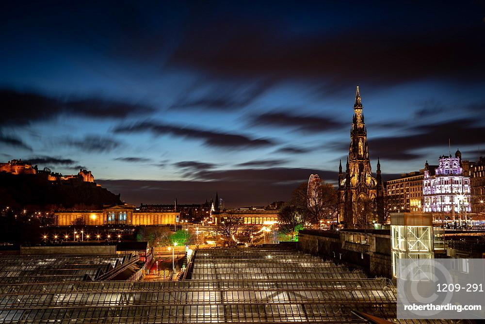 Scott Monument, Waverley Station at night, Edinburgh, Scotland, United Kingdom, Europe