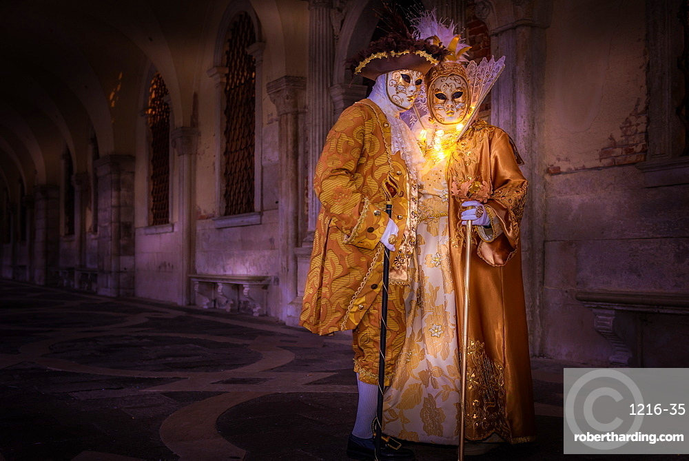 Costumes and masks during Venice Carnival, Venice, UNESCO World Heritage Site, Veneto, Italy, Europe