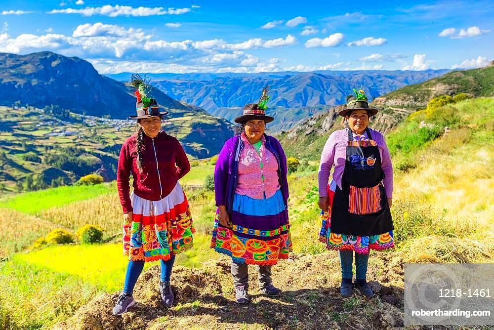 Artisans of Ayacucho.