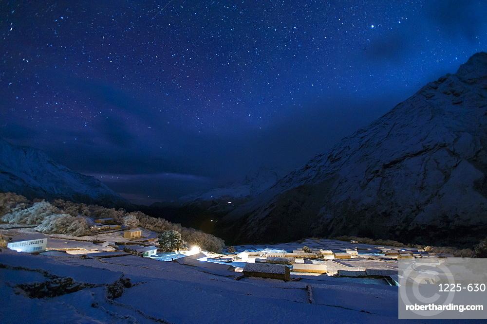 The Sherpa village of Phortse at night in the Khumbu Region, Nepal, Himalayas, Asia