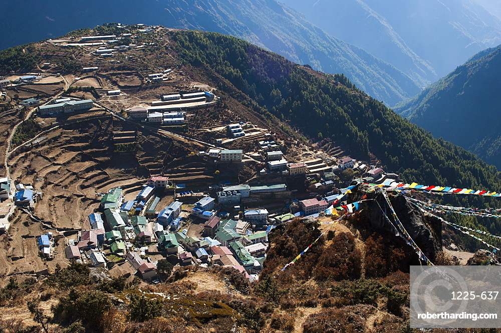 Namche Bazaar, on the way to Everest Base Camp, has grown from a traditional mountain village to a bustling trading hub, Khumbu Region, Nepal, Himalayas, Asia