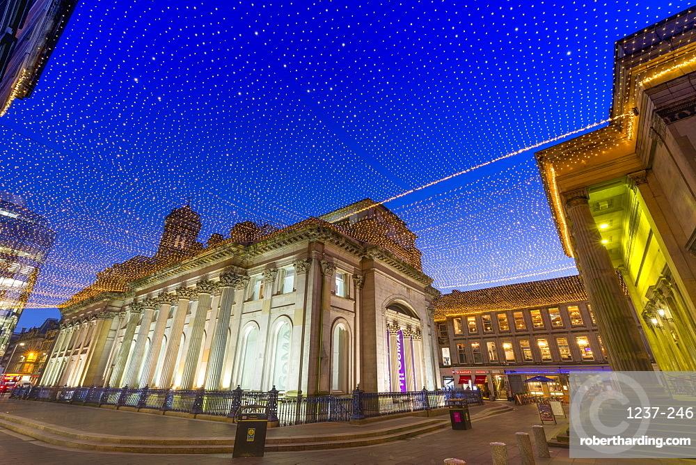 Royal Exchange Square at dusk, Gallery of Modern Art, Glasgow, Scotland, United Kingdom, Europe
